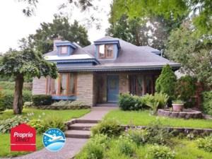14323083 - Maison à étages à vendre
