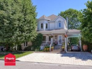 23624091 - Maison à étages à vendre