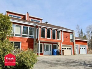 24559895 - Maison à étages à vendre
