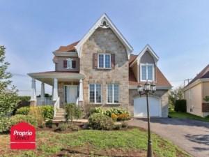 22879139 - Maison à étages à vendre