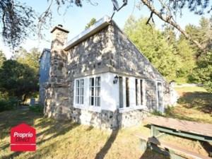 16530910 - Maison à étages à vendre