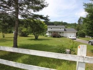 15778550 - Maison à étages à vendre