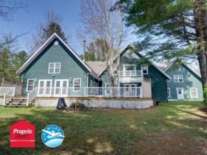 15086391 - Maison à étages à vendre