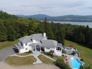 18845876 - Maison à étages à vendre