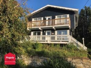 27891043 - Maison à étages à vendre