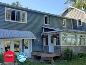 19567168 - Maison à étages à vendre