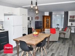 27176540 - Maison à étages à vendre