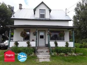 10391849 - Maison à étages à vendre