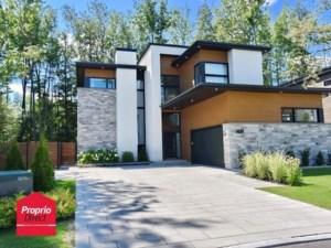 28503039 - Maison à étages à vendre