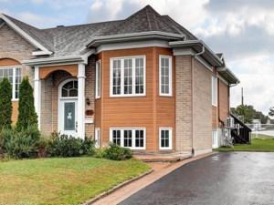 27935633 - Maison à paliers à vendre