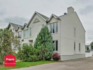 22492140 - Maison à étages à vendre