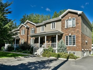 13996666 - Maison à étages à vendre