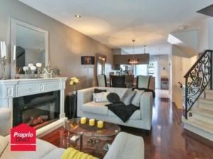16121256 - Maison à étages à vendre