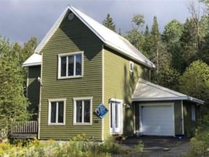 15791582 - Maison à étages à vendre