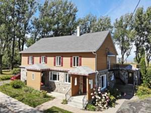 28437174 - Maison à étages à vendre