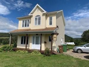 22242289 - Maison à étages à vendre