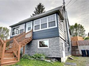 20017113 - Maison à étages à vendre