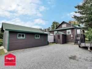18307750 - Maison à étages à vendre