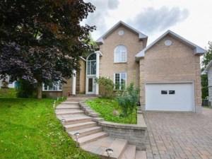 13366164 - Maison à étages à vendre