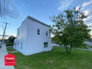 28309562 - Maison à étages à vendre