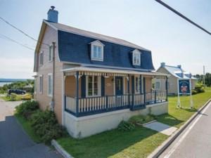 18793488 - Maison à étages à vendre