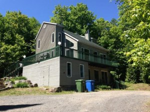 19232497 - Maison à étages à vendre