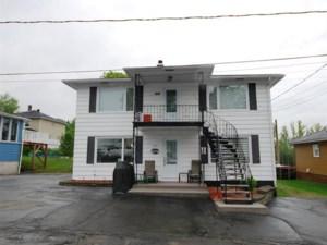 26679145 - Maison à étages à vendre