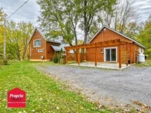 13810284 - Maison à étages à vendre