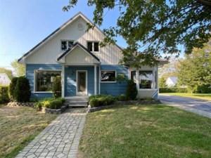 20415641 - Maison à étages à vendre