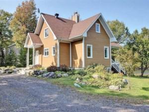 28454931 - Maison à étages à vendre