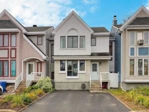 26320246 - Maison à étages à vendre