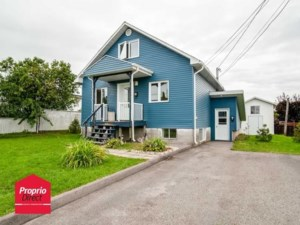 17192727 - Maison à étages à vendre