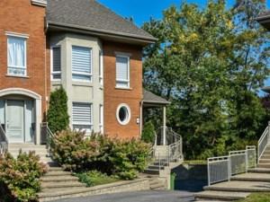 18791170 - Maison à étages à vendre