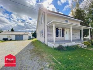 14518466 - Maison à étages à vendre