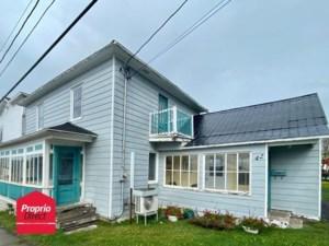 21628055 - Maison à étages à vendre