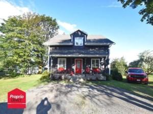 10015530 - Maison à étages à vendre