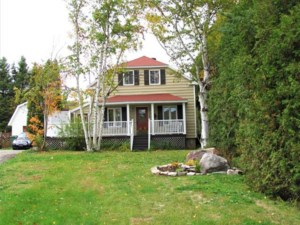 24508488 - Maison à 1 étage et demi à vendre