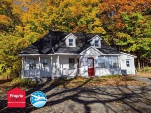 23608011 - Maison à étages à vendre