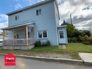 19446286 - Maison à étages à vendre