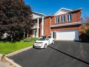 9288490 - Maison à étages à vendre