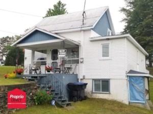 21051815 - Maison à 1 étage et demi à vendre