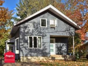 23900307 - Maison à étages à vendre