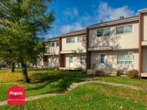24054349 - Maison à étages à vendre