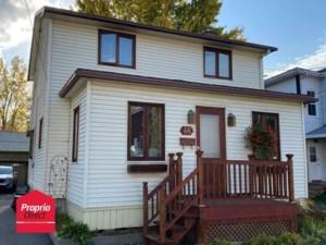 9220798 - Maison à étages à vendre