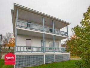 20414145 - Maison à étages à vendre
