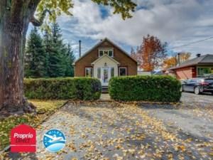 10559029 - Maison à étages à vendre