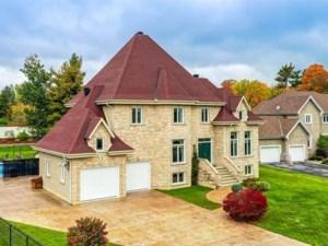28824096 - Maison à étages à vendre