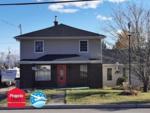 23523704 - Maison à étages à vendre