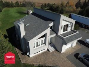 28872267 - Maison à étages à vendre