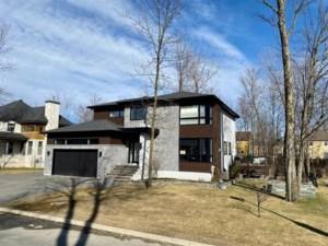 17908057 - Maison à étages à vendre